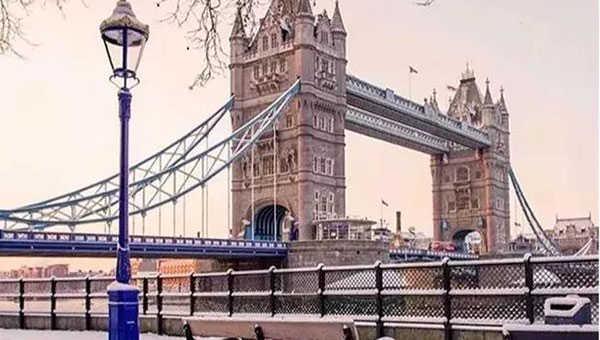 """英国连续两年成为""""全球最佳教育国家"""",是时候去挑好房了"""